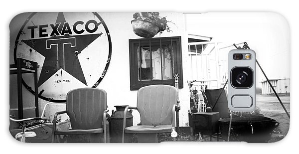 Sitting At The Texaco Black And White Galaxy Case