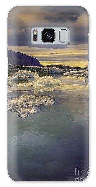 Skaftafellsjokull Lagoon Galaxy Case