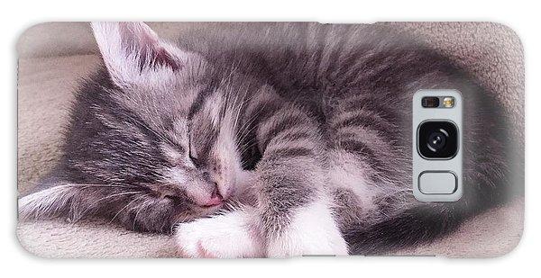 Sleepy Kitten Bymaryleeparker Galaxy Case