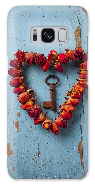 Weathered Galaxy Case - Small Rose Heart Wreath With Key by Garry Gay