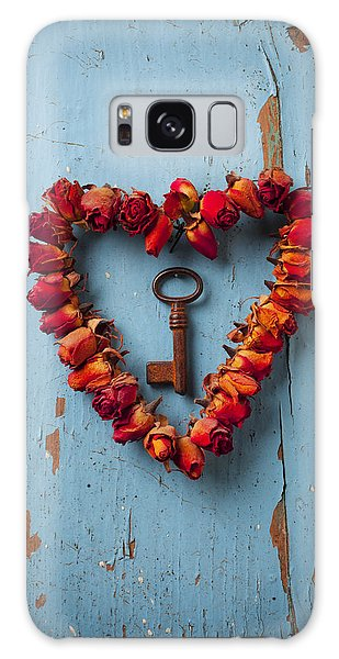 Soul Galaxy Case - Small Rose Heart Wreath With Key by Garry Gay