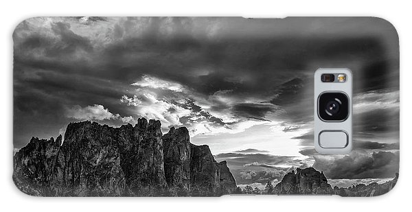 Smith Rock Fury Galaxy Case