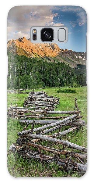 Sneffels Fence Vertical Galaxy Case