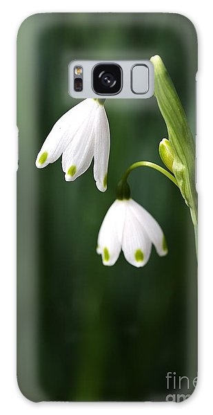 Snowdrops Painted Finger Nails Galaxy Case