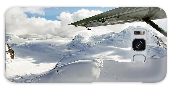 Snowfield Off Airplane Wing - Alaska Range Galaxy Case
