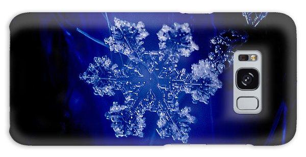 Snowflake On Blue Galaxy Case