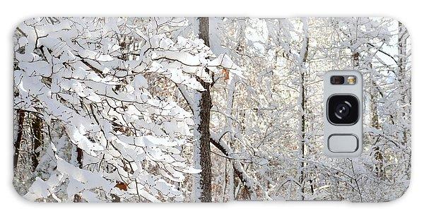 Snowy Dogwood Bloom Galaxy Case