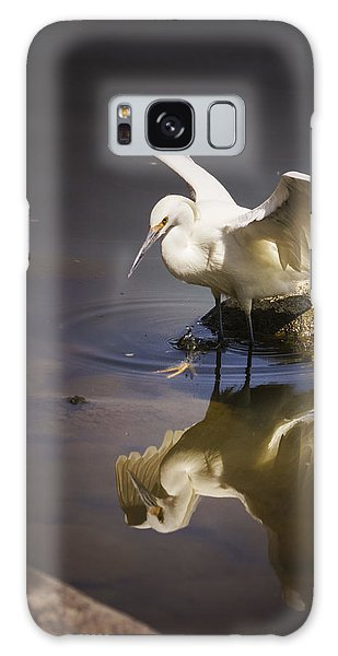 Snowy Egret Reflection Galaxy Case