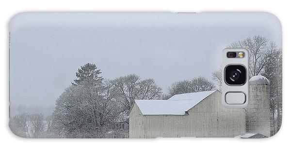 Winter White Farm Galaxy Case
