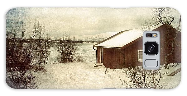 Snowy Landscape Galaxy Case