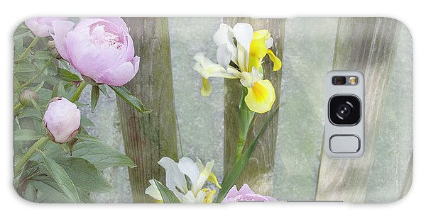Soft Summer Flowers Galaxy Case