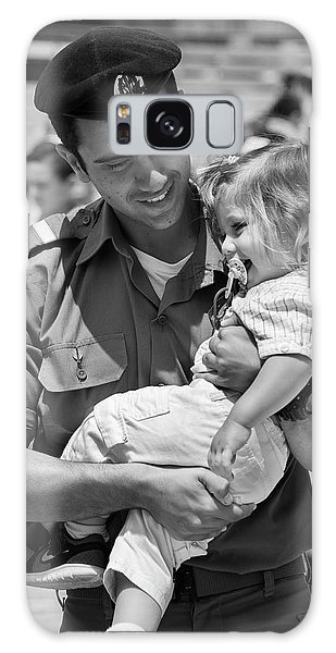 Galaxy Case - Soldier Carrying His Daughter Kotel 1329 by Bob Neiman