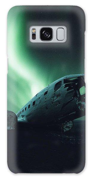 Airplane Galaxy S8 Case - Solheimsandur Crash Site by Tor-Ivar Naess