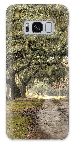 Southern Drive Live Oaks And Spanish Moss Galaxy Case