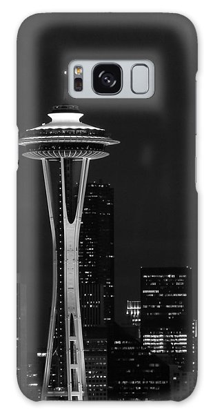 Space Needle At Night In Black And White Galaxy Case