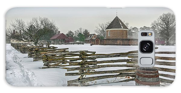 Split Rail Fence In Front Of Colonial Williamsburg Magazine Galaxy Case