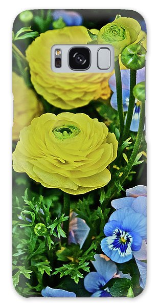 Spring Show 18 Persian Buttercup With Horned Viola Galaxy Case