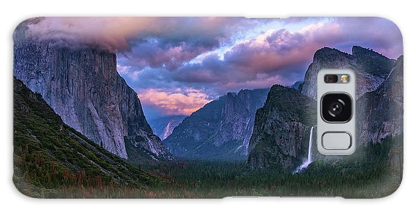 Spring Sunset At Yosemite's Tunnel View Galaxy Case