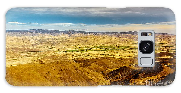 Haybale Galaxy Case - Squaw Butte View Hdr-2 by Robert Bales