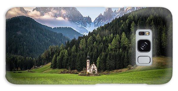 St. Johann Church In Val Di Funes Galaxy Case