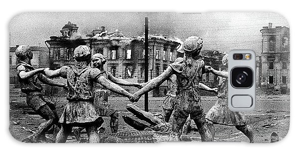 Statue Of Children After Nazi Airstrikes Center Of Stalingrad 1942 Galaxy Case