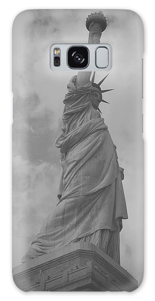 Statue Of Liberty Galaxy Case by Louise Fahy