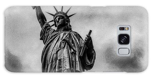 Statue Of Liberty Photograph Galaxy Case