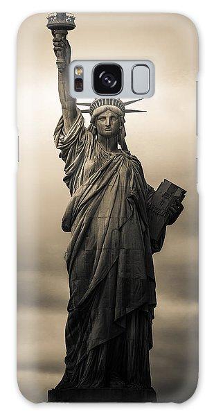 Statute Of Liberty Galaxy Case by Tony Castillo