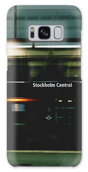 Train Galaxy S8 Case - Stockholm Central- Photograph By Linda Woods by Linda Woods