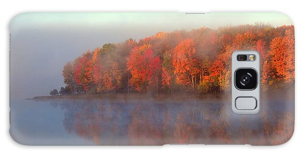 Stoneledge Lake Pristine Beauty In The Fog Galaxy Case
