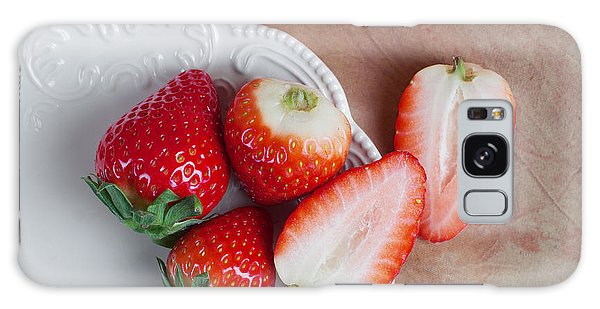 Strawberry Galaxy Case - Strawberries From Above by Tom Mc Nemar
