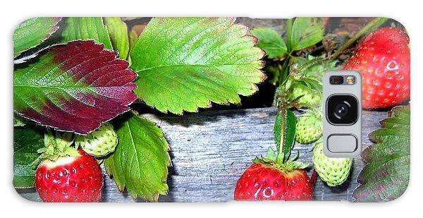 Strawberries Galaxy Case