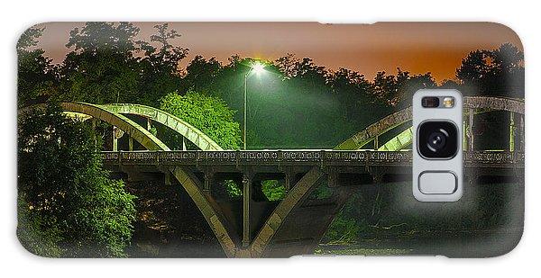 Street Light On Rogue River Bridge Galaxy Case by Jerry Cowart