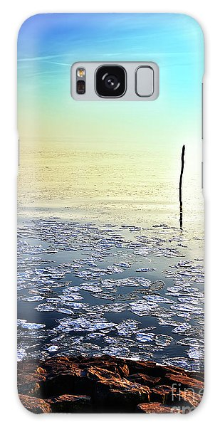 Sun Going Down In Calm Frozen Lake Galaxy Case