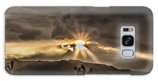Sun Rays Galaxy Case