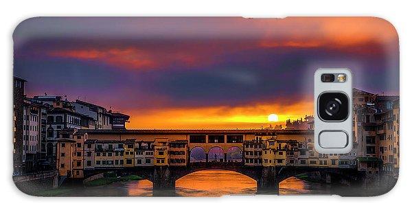 Sun Rises Over The Ponte Vecchio Galaxy Case