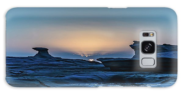 Sunrise And Rock Platform Landscape Galaxy Case