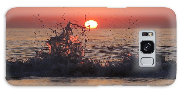 Sunrise And Splashes Galaxy Case