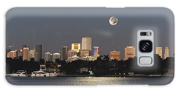 Moonrise Over Miami Galaxy Case