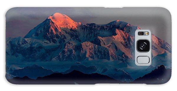 Denali Galaxy Case - Sunrise On Denali by Ian Stotesbury