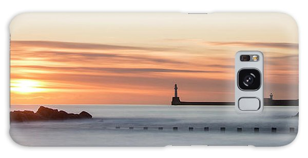 Sunrise Over Aberdeen Beach Galaxy Case