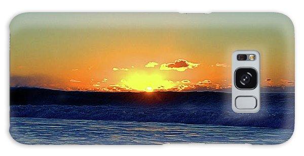 Sunrise Wave I I I Galaxy Case