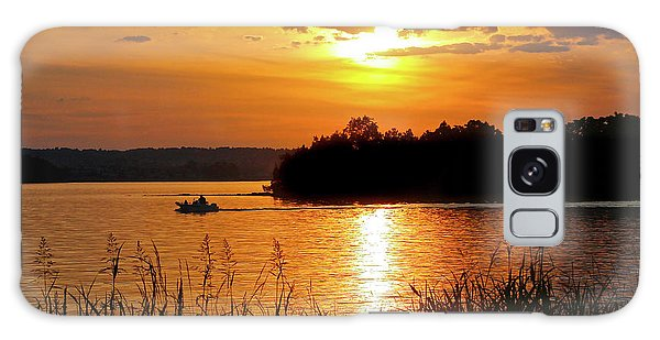 Sunset Boater, Smith Mountain Lake Galaxy Case