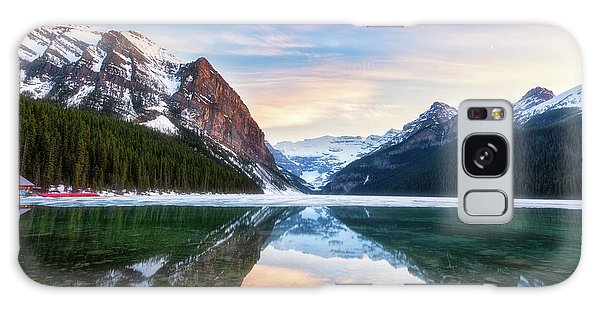 Sunset Lake Louise Galaxy Case