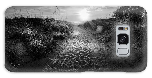 Breeze Galaxy Case - Sunset Path - Bw by Marvin Spates