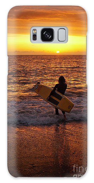 Sunset Surfer On Aberystwyth Beach Wales Uk Galaxy Case