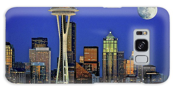 Super Moon Over Seattle Galaxy Case