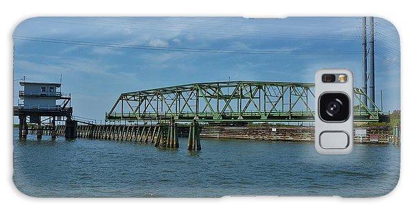 Surf City Swing Bridge - 1 Galaxy Case