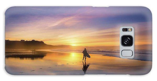 Surfer In Beach At Sunset Galaxy Case
