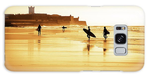 Surfers Silhouettes Galaxy Case